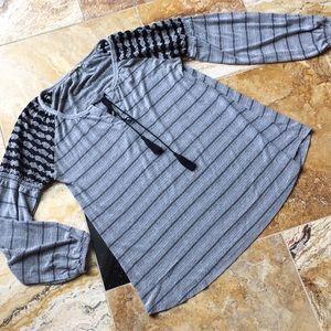 Mystree stretchy gray tunic/black shoulder pattern